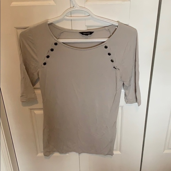 Grey 3/4 length sleeve top